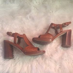 COLE HAAN grandiose size 7.5 leather heels